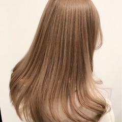 ガーリー ミルクティー 外国人風カラー ミルクティーベージュ ヘアスタイルや髪型の写真・画像