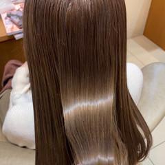 ロング 透明感カラー ナチュラル 髪質改善 ヘアスタイルや髪型の写真・画像