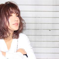ミディアム ボブ ガーリー イルミナカラー ヘアスタイルや髪型の写真・画像