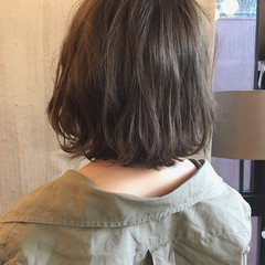 ウェーブ アンニュイ 簡単ヘアアレンジ 外国人風カラー ヘアスタイルや髪型の写真・画像