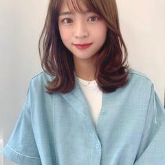 レイヤーカット ミディアム ウルフカット 韓国ヘア ヘアスタイルや髪型の写真・画像