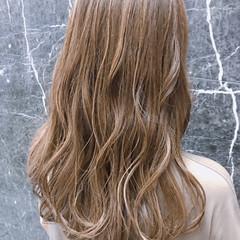 セミロング バレイヤージュ コンサバ 3Dハイライト ヘアスタイルや髪型の写真・画像