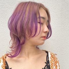 ショート ウルフカット ハイトーンカラー ウルフ女子 ヘアスタイルや髪型の写真・画像