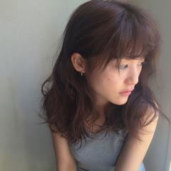 外国人風 セミロング ナチュラル 大人かわいい ヘアスタイルや髪型の写真・画像