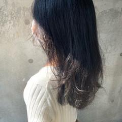 グレージュ 大人可愛い トーンダウン ダークカラー ヘアスタイルや髪型の写真・画像