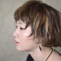ハイライト 3Dカラー ハイトーン ボブ ヘアスタイルや髪型の写真・画像