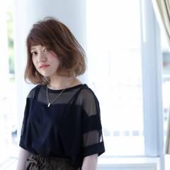 ミディアム 丸顔 秋 ストリート ヘアスタイルや髪型の写真・画像