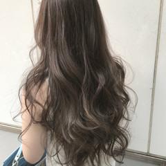 アッシュ 外国人風 大人かわいい コンサバ ヘアスタイルや髪型の写真・画像