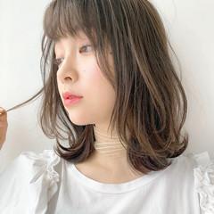 レイヤーカット ワンカール 透明感カラー ミディアム ヘアスタイルや髪型の写真・画像