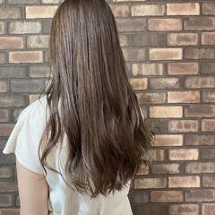 透明感 ミルクティーベージュ イルミナカラー ロング ヘアスタイルや髪型の写真・画像