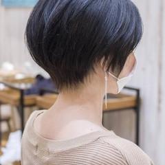 ナチュラル ショート ハンサムショート マッシュショート ヘアスタイルや髪型の写真・画像