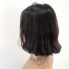 まとまるボブ ミディアム 波ウェーブ 波巻き ヘアスタイルや髪型の写真・画像