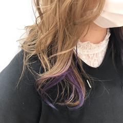 ミルクティカラー バイオレットカラー ミルクティーベージュ ポイントカラー ヘアスタイルや髪型の写真・画像