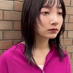 ニュアンスウルフ モード ウルフカット 黒髪 ヘアスタイルや髪型の写真・画像