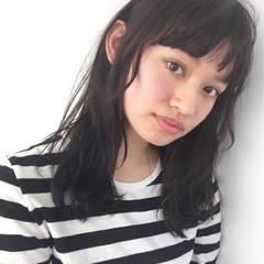 外国人風 暗髪 ストリート ショートバング ヘアスタイルや髪型の写真・画像