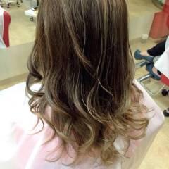 黒髪 秋 ロング ストリート ヘアスタイルや髪型の写真・画像