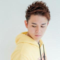 アップバング 束感 メンズ ショート ヘアスタイルや髪型の写真・画像