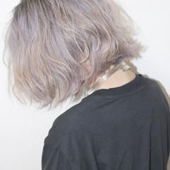 ミディアム ホワイト 外国人風 ハイライト ヘアスタイルや髪型の写真・画像