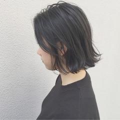 大人女子 ボブ 外国人風 切りっぱなし ヘアスタイルや髪型の写真・画像