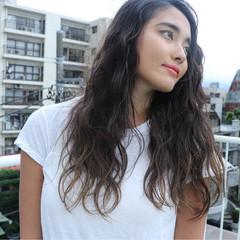 ウェーブ 外国人風 外国人風カラー アッシュ ヘアスタイルや髪型の写真・画像