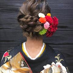 ロング 成人式 シニヨン エレガント ヘアスタイルや髪型の写真・画像