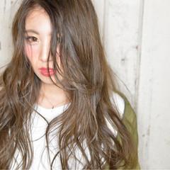 アッシュ ウェットヘア グラデーションカラー 外国人風 ヘアスタイルや髪型の写真・画像