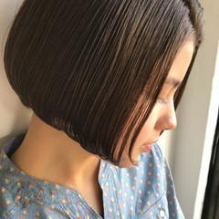 ボブ ハイライト モード アッシュ ヘアスタイルや髪型の写真・画像