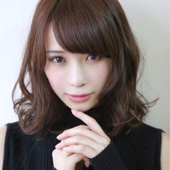 フェミニン 艶髪 モード パーマ ヘアスタイルや髪型の写真・画像