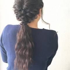 パーティ ウェットヘア セミロング フェミニン ヘアスタイルや髪型の写真・画像