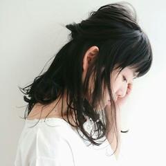 ナチュラル こなれ感 ヘアアレンジ 小顔 ヘアスタイルや髪型の写真・画像