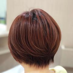 オレンジカラー ショート ショートボブ ナチュラル ヘアスタイルや髪型の写真・画像