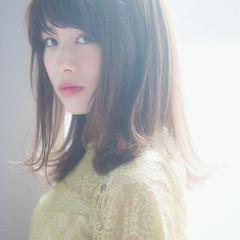 デート ミディアム 大人女子 外ハネ ヘアスタイルや髪型の写真・画像