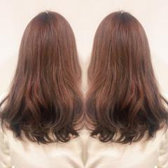 ロング グラデーションカラー 春 ピンクアッシュ ヘアスタイルや髪型の写真・画像