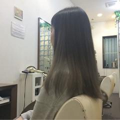 かわいい ロング グラデーションカラー ナチュラル ヘアスタイルや髪型の写真・画像