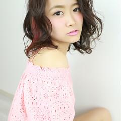 ピンク インナーカラー フェミニン ロブ ヘアスタイルや髪型の写真・画像