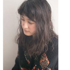ニュアンス カール モード ナチュラル ヘアスタイルや髪型の写真・画像