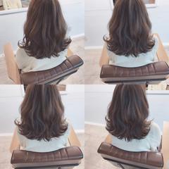 デート ミルクティー ミディアム こなれ感 ヘアスタイルや髪型の写真・画像
