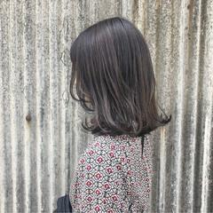 透明感 ストリート デート グレージュ ヘアスタイルや髪型の写真・画像
