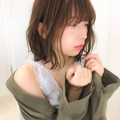 フェミニン グレージュ 大人かわいい ミディアム ヘアスタイルや髪型の写真・画像