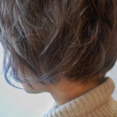 ショート ブルー 小顔 ガーリー ヘアスタイルや髪型の写真・画像