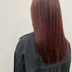 ロング ナチュラル 暖色 チェリーレッド ヘアスタイルや髪型の写真・画像