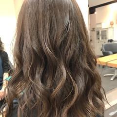 ツヤ髪 モテ髪 フェミニン ゆるウェーブ ヘアスタイルや髪型の写真・画像