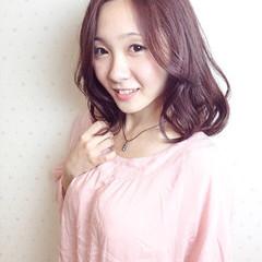 大人かわいい 伸ばしかけ ゆるふわ ピンク ヘアスタイルや髪型の写真・画像