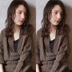 外国人風 セミロング ナチュラル ヘアアレンジ ヘアスタイルや髪型の写真・画像