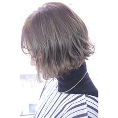 ハーフアップ ナチュラル ボブ ミルクティー ヘアスタイルや髪型の写真・画像
