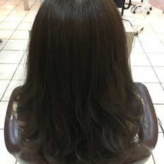 ベージュ 巻き髪 透明感 大人女子 ヘアスタイルや髪型の写真・画像