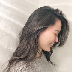 アンニュイほつれヘア 結婚式 ロング スポーツ ヘアスタイルや髪型の写真・画像