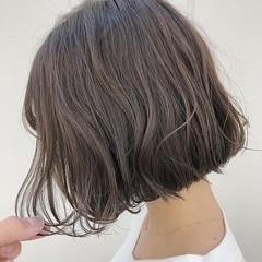 ショートボブ ミニボブ フェミニン 秋冬スタイル ヘアスタイルや髪型の写真・画像