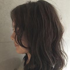 外国人風 グレージュ ストリート ハイライト ヘアスタイルや髪型の写真・画像