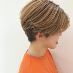 ハイトーン ストリート アンニュイほつれヘア かっこいい ヘアスタイルや髪型の写真・画像